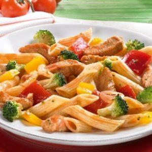 MEDITERRANE PASTAPFANNE mit Gemüse & Huhn